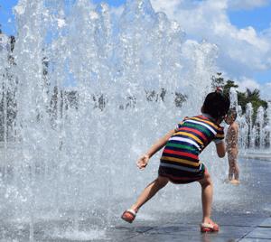 7 Ways to Spend a Summer Day in Edmonton Spray Park Image
