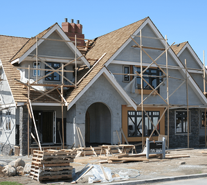 The Pros and Cons of Buying a New Home Versus Resale Home Construction Image